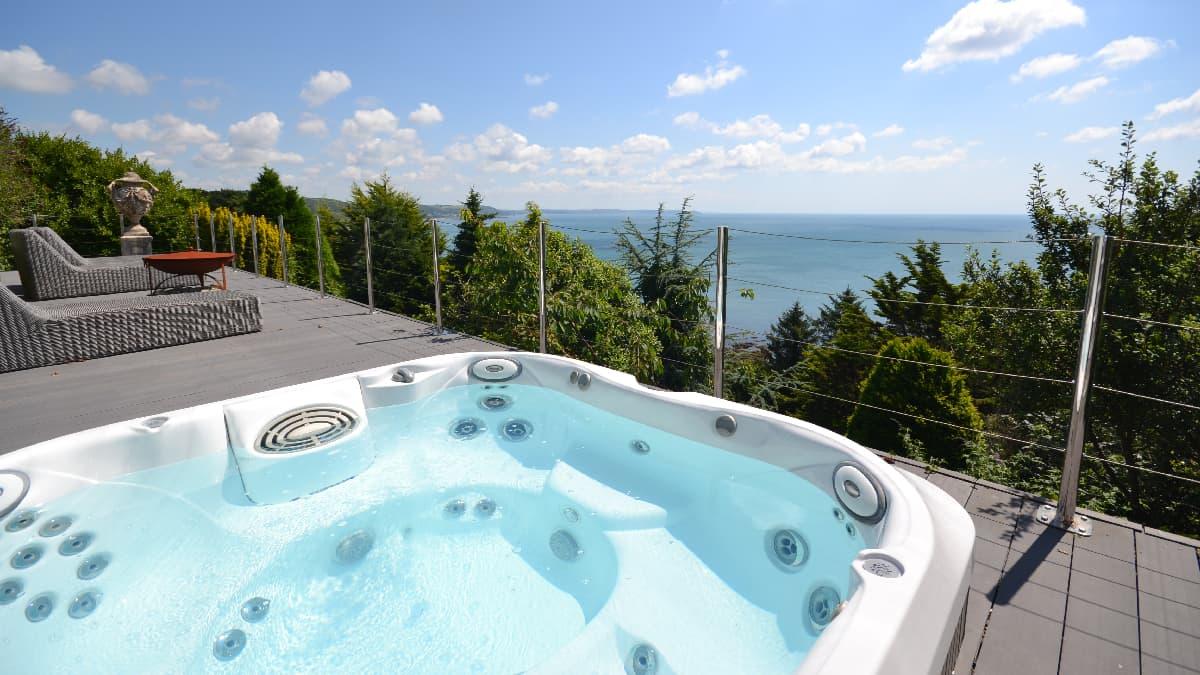 Seascape-hot-tub