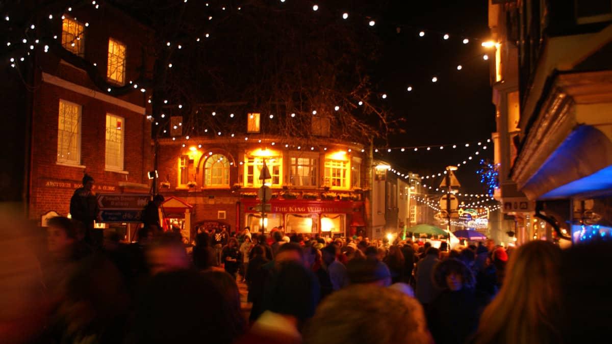 Totnes-christmas-market