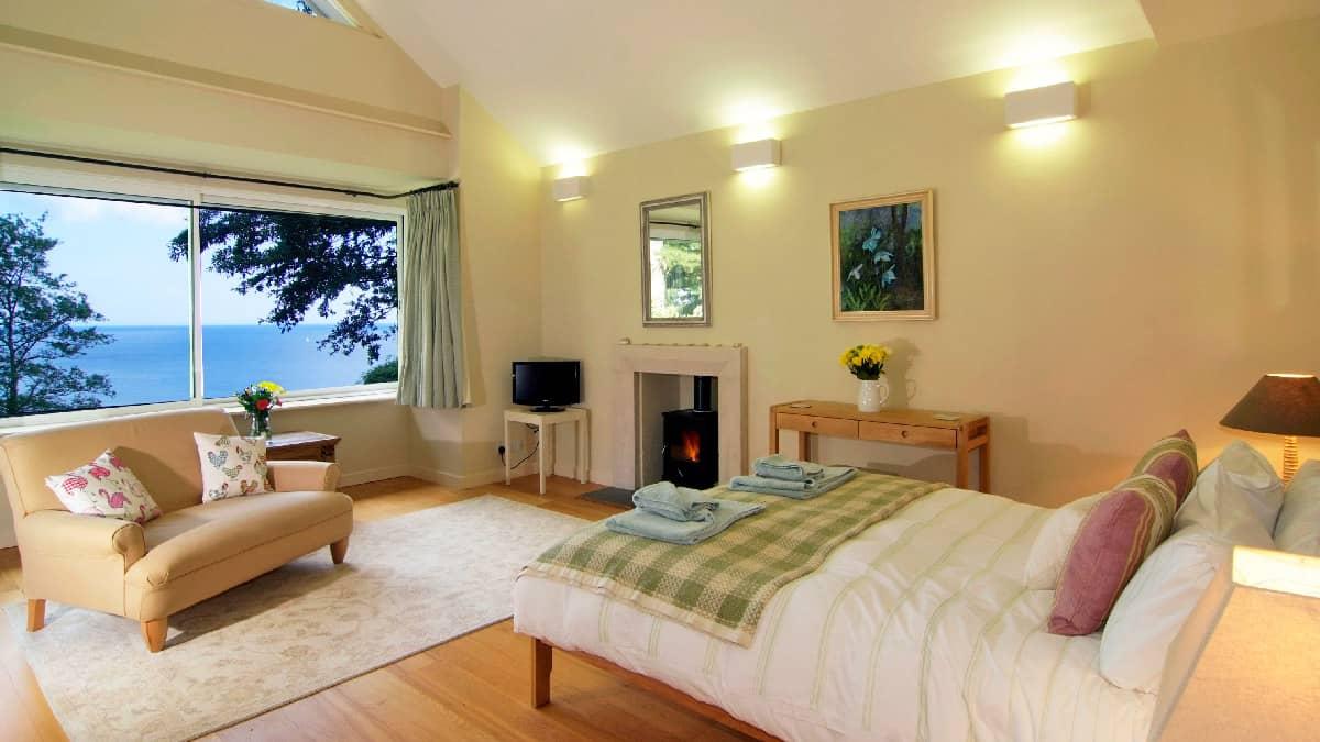 Fairyfield-bedroom