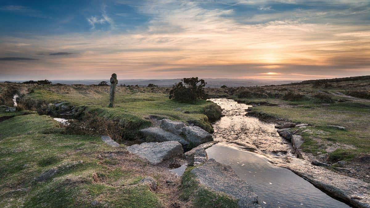 windy-post-cross-dartmoor