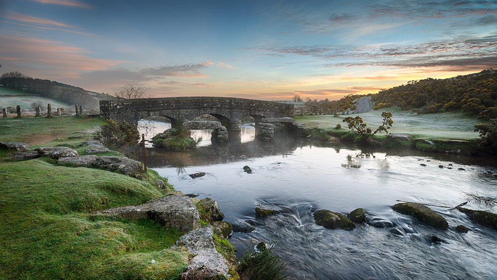 clapper-bridge-dartmoor