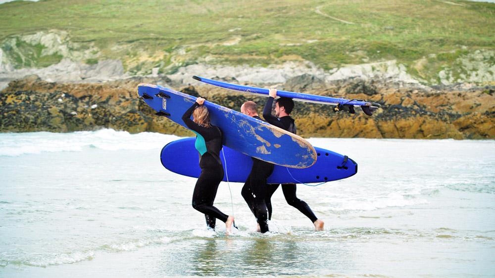 surfing-cornwall