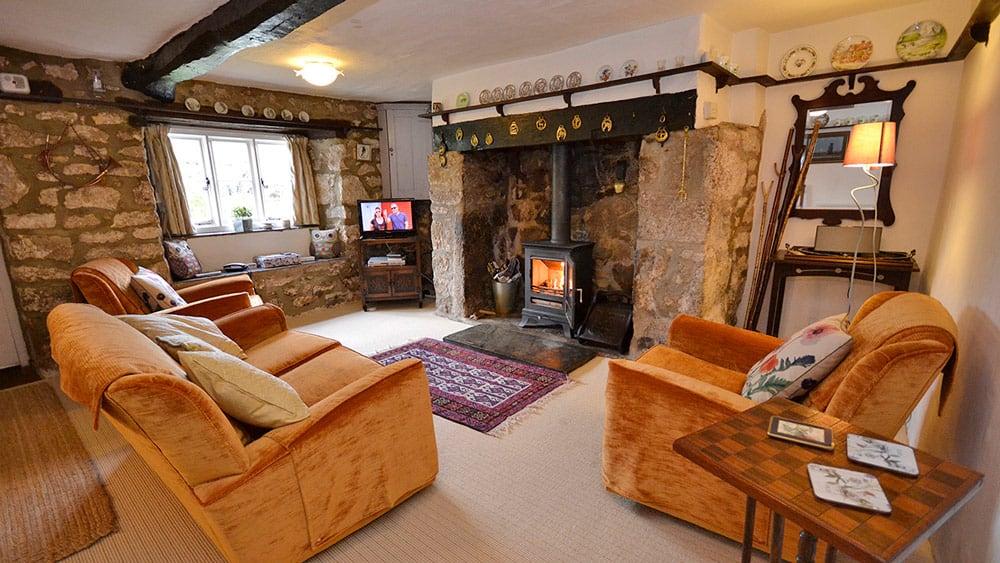 1-freelands-cottage-dartmoor