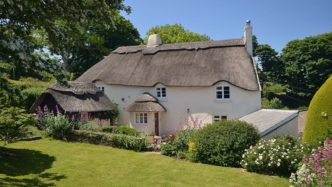 old-thatch-thurlestone