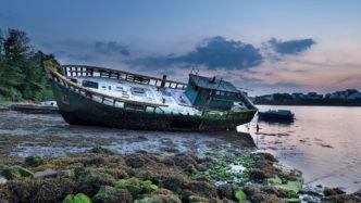 beached-fishing-boat-cornwall