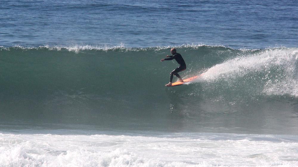 ben-howey-surfing