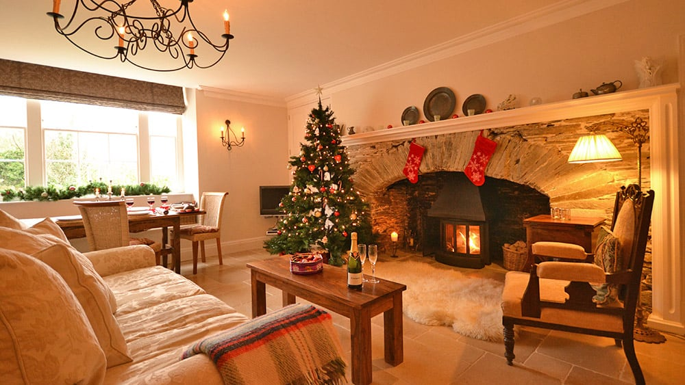 christmas-south-manor-cottage