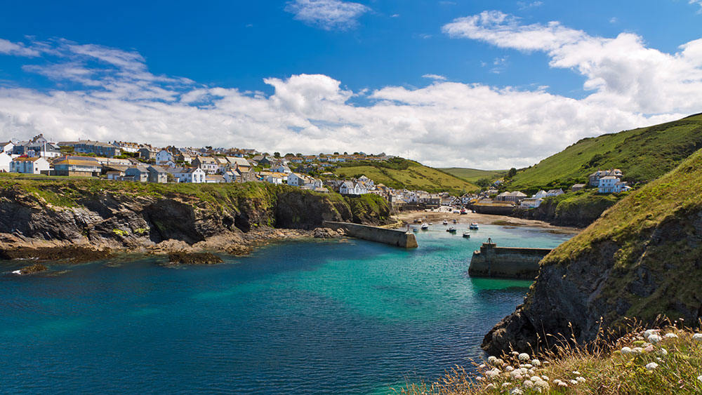 Port-Isaac-harbour