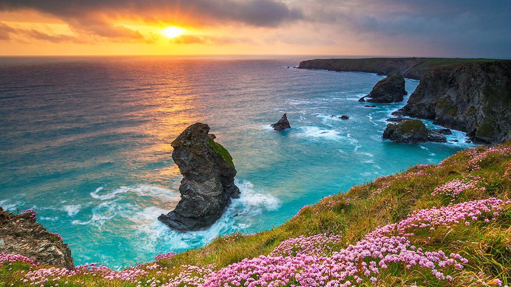 bedruthan-steps-sunset