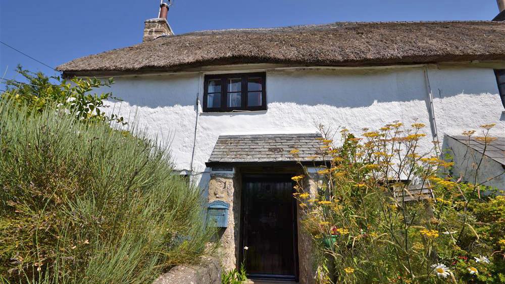 1-freelands-cottage