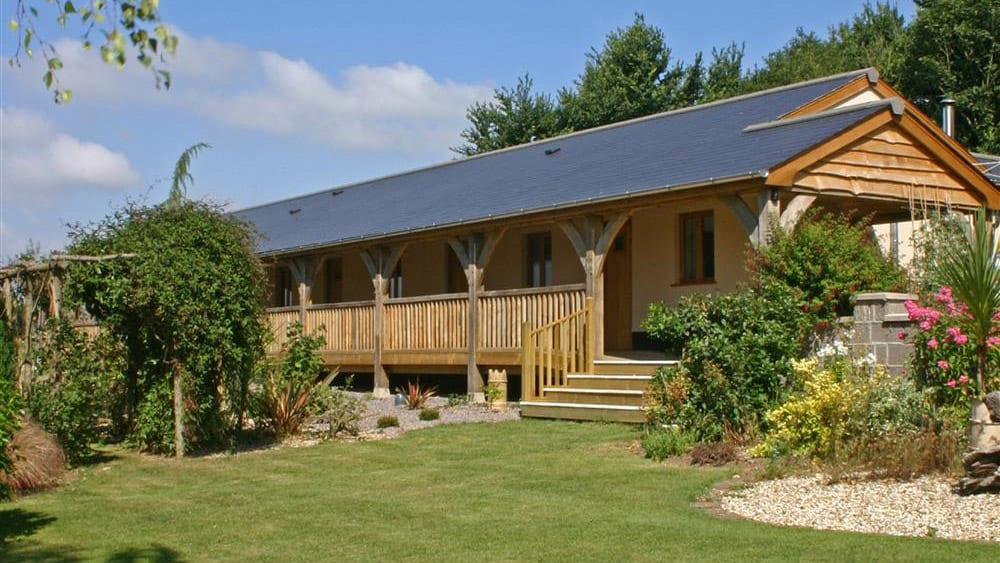 ashridge-farm-barn